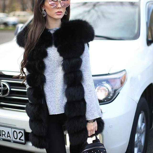 «Казахстанскую Барби» Динару Рахимбаеву раскритиковали за откровенные фото