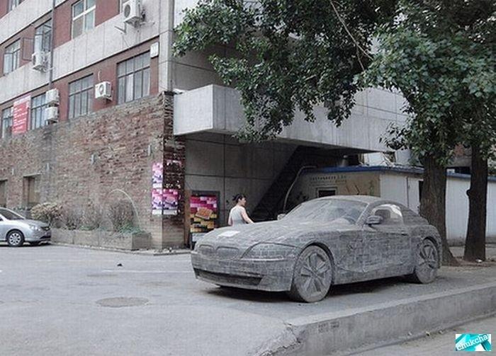 Каменная BMW (6 фото)