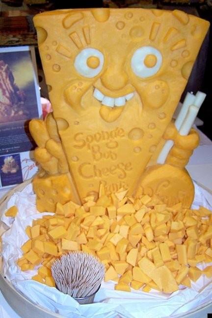 Скульптуры из сыра (24 фото)