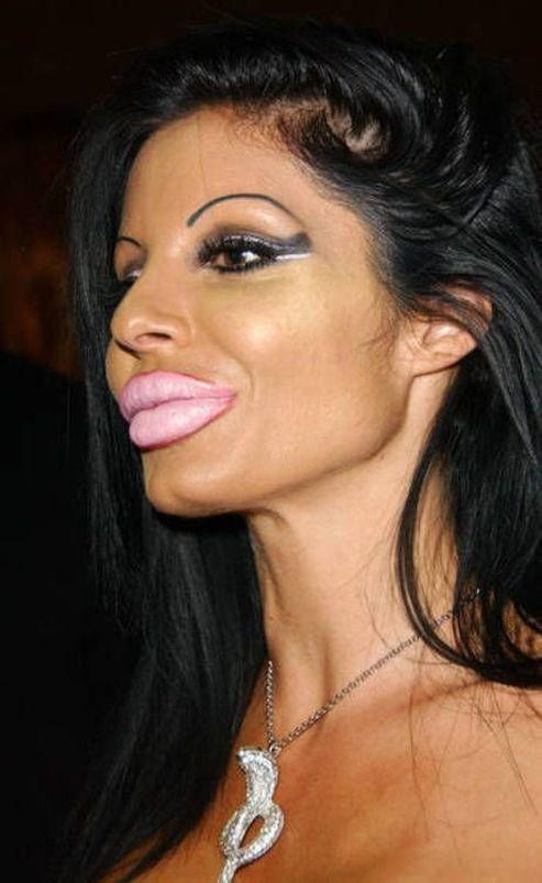 Мисс шикарные губки (16 фото)