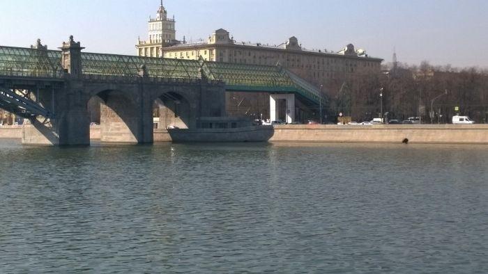«Корабль-призрак» на Москве-реке