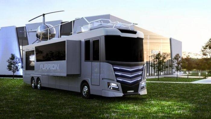 В Лас-Вегасе представили роскошный дом на колесах с вертолетной площадкой