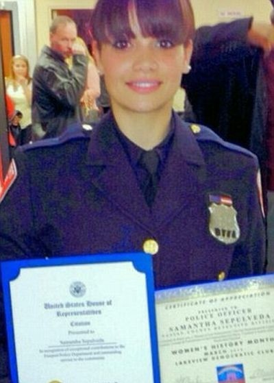 Саманта Сепульведа - самый красивый полицейский Нью-Йорка