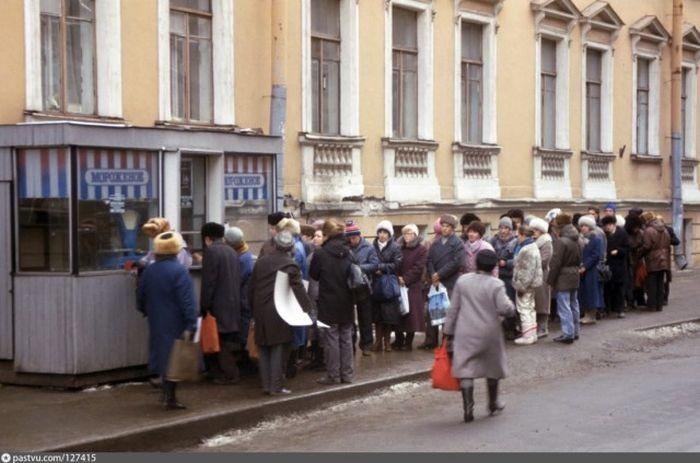 Ленинград в самом начале 90-х (57 фото)