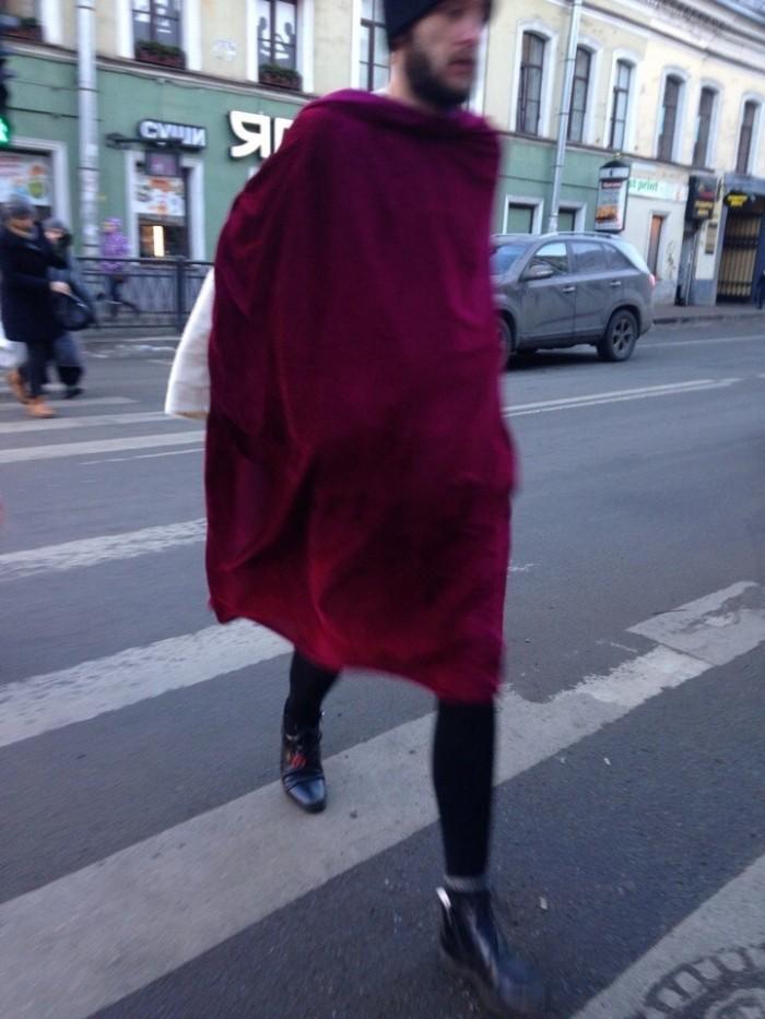 Модные персонажи на питерских улицах