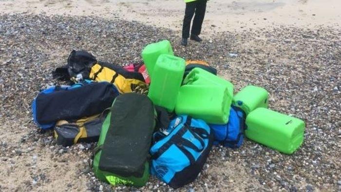 На пляж Великобритании вынесло 360 килограмм кокаина