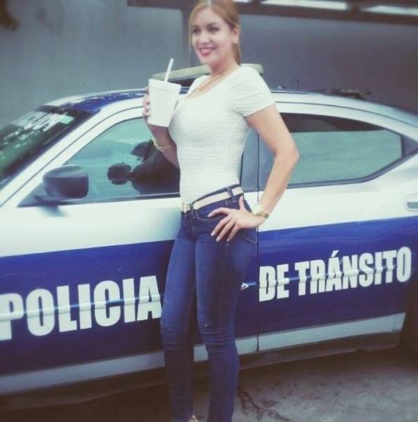 Дорожная полиция Мексики (8 фото)