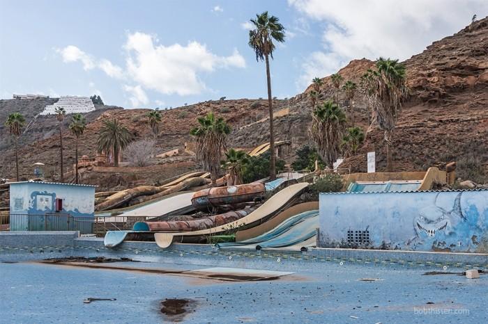 Заброшенный аквапарк, который скоро снесут