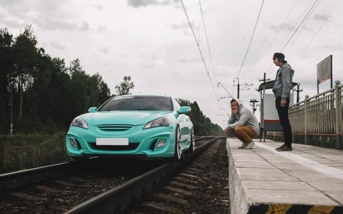 Не лучший способ сделать снимки своего автомобиля