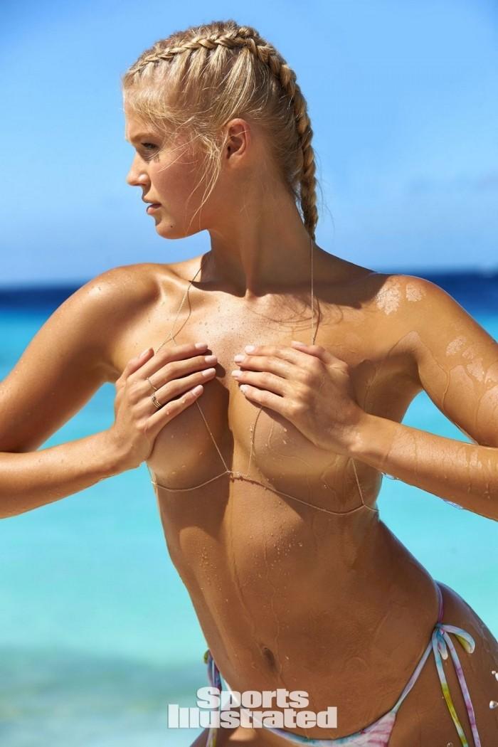 Вита Сидоркина в Sports Illustrated Swimsuit 2017