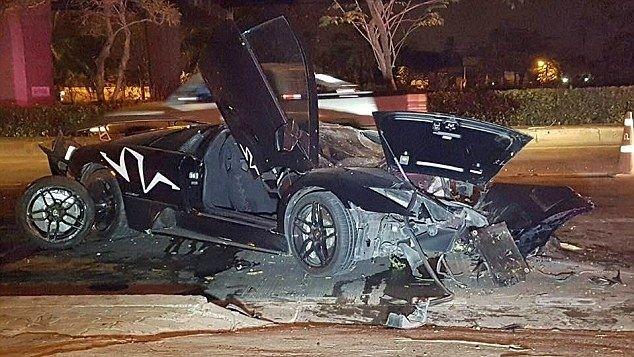 Взял Lamborghini Murcielago у друга на вечер