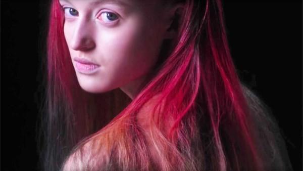 Волосы меняют цвет от температуры