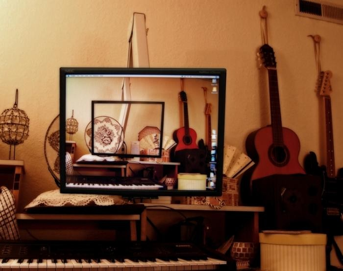 Прозрачный экран (22 фото)