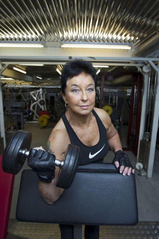 Любительница бодибилдинга повергнет в шок своим возрастом