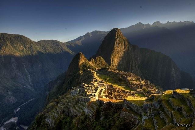 Таинственный город инков Мачу-Пикчу на горном хребте Анд (20 фото)