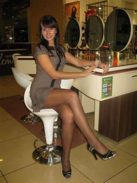 женские ножки частные фото скачатьфото скачать