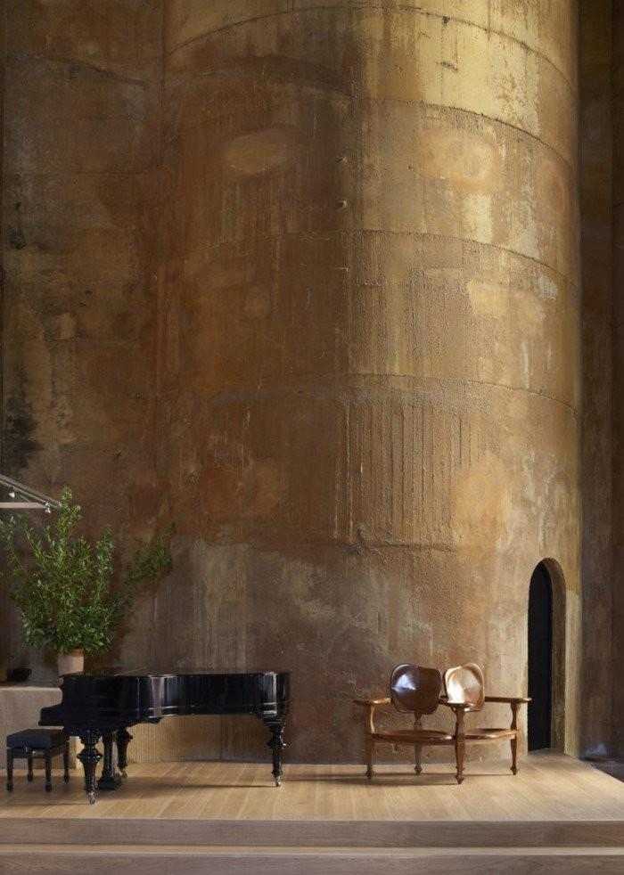 Заброшенная цементная фабрика стала роскошной виллой (19 фото)