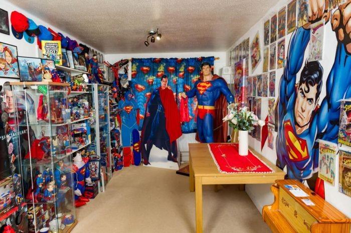 Фанат Супермена попал в «Книгу рекордов Гиннесса» (11 фото)