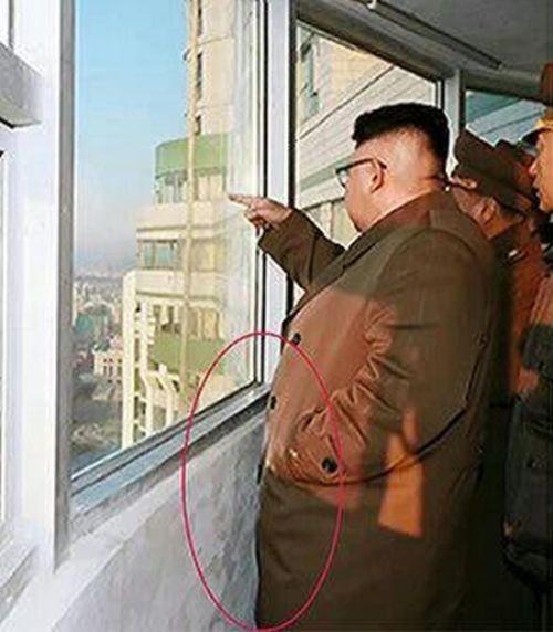 Ким Чен Ын в новостройке испачкался (2 фото)