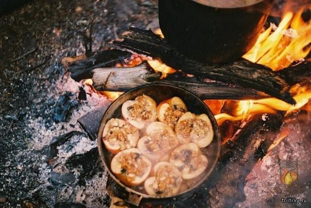Еда в походе и на природе всегда вкуснее! (22 фото)