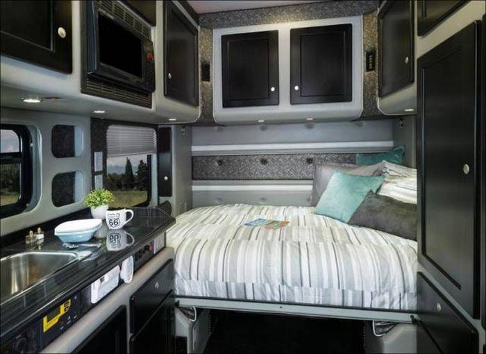 Роскошные апартаменты для дальнобойщиков (21 фото)