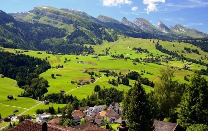 Десятка стран, которые можно назвать «раем для пенсионеров» (10 фото)