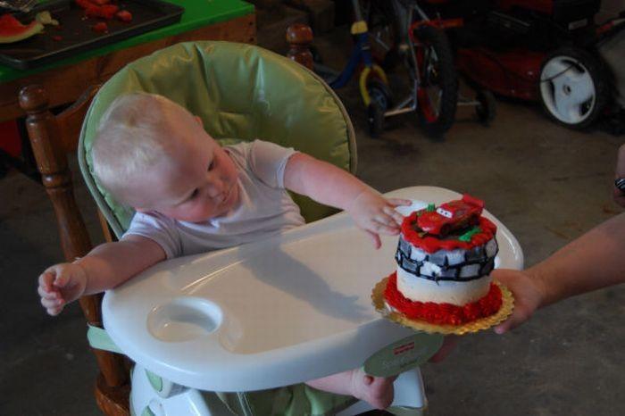 Зачем ребенку классный торт (6 фото)