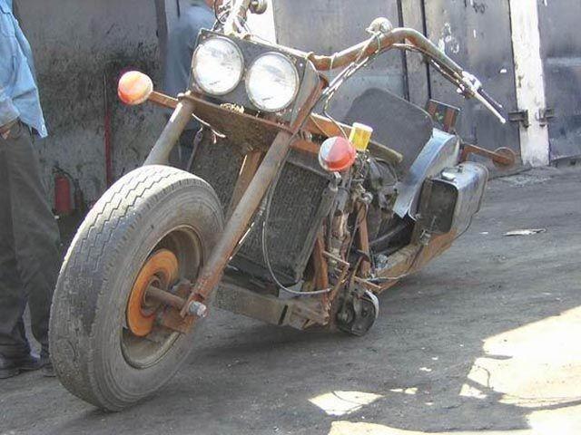 Крутой китайский мотоцикл (7 фото)