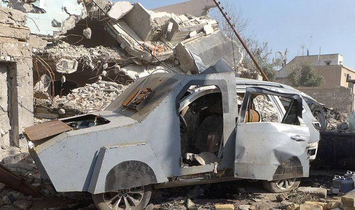 Завод для изготовления машин-смерти ИГИЛ (11 фото)