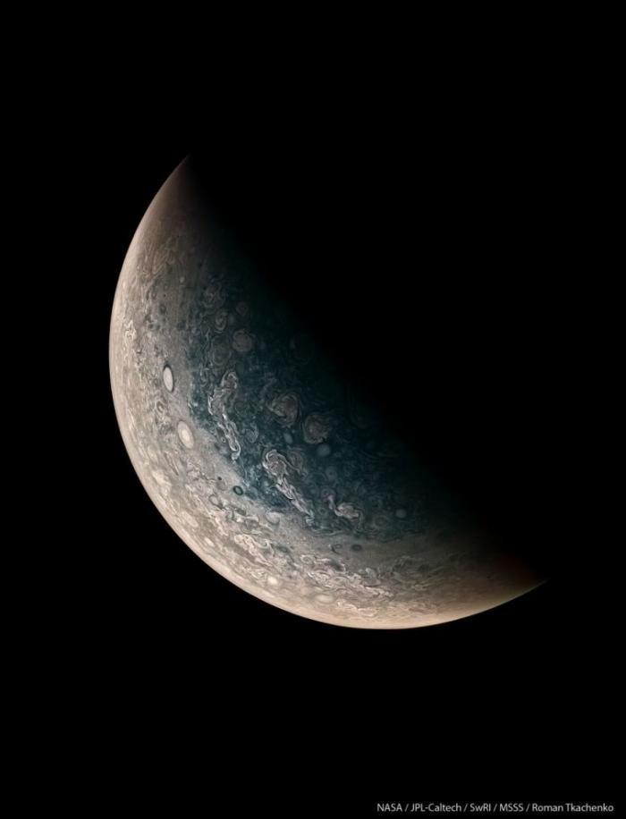 Юпитер в объективе «Юноны» (9 фото)