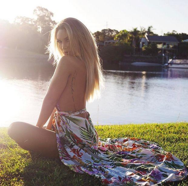 Розанна Аркл - модель, живущая за счет подписчиков в «Инстаграм» (22 фото)