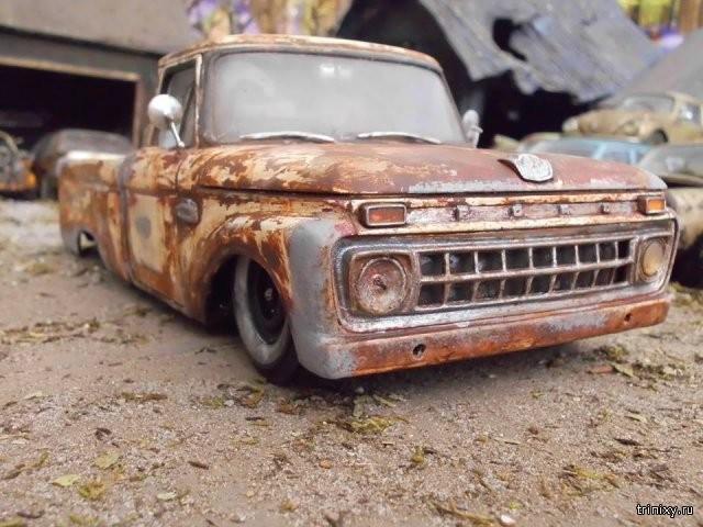 Состаренные модели автомобилей (11 фото)