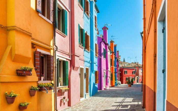 Список самых красочных городов (13 фото)