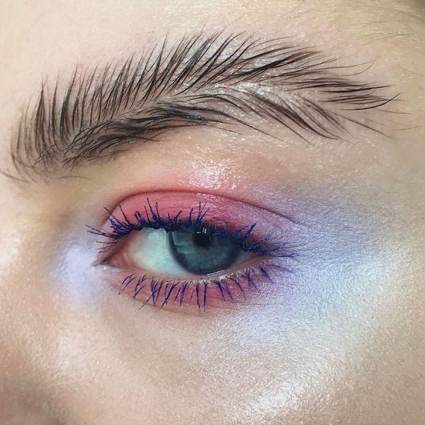 «Брови-перья» - новый тренд в уходе бровей (10 фото)
