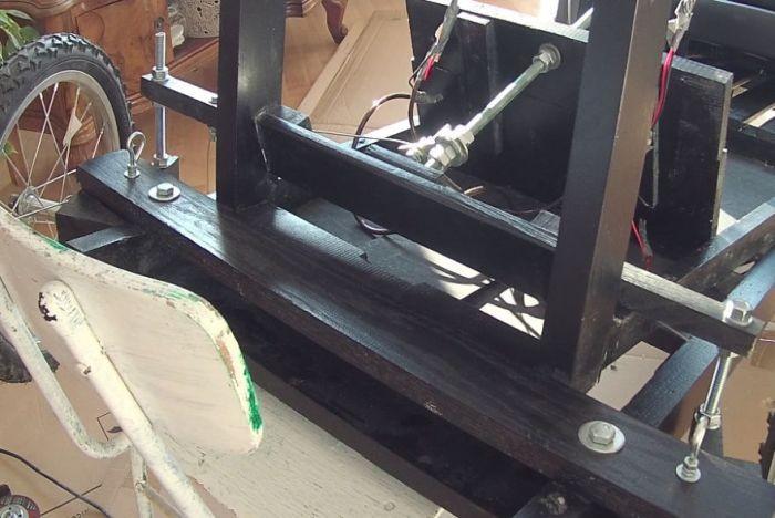 Электрический детский ретромобиль для сына (7 фото)