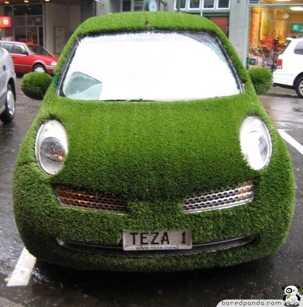 Странные автомобили, которые сложно не заметить (25 фото)