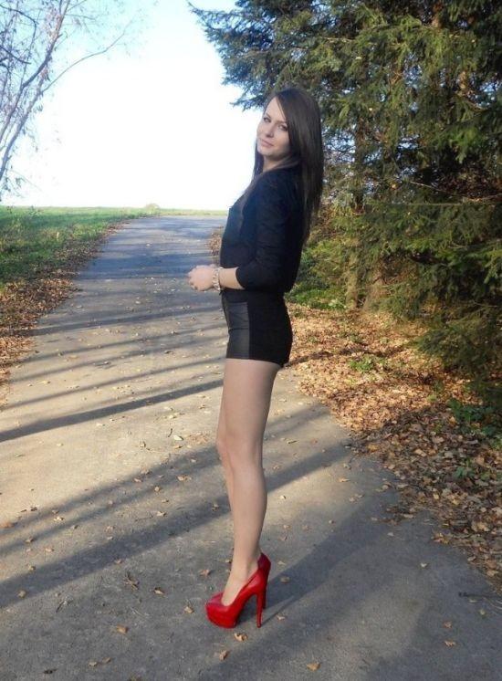 Милые девушки из соцсетей (27 фото)