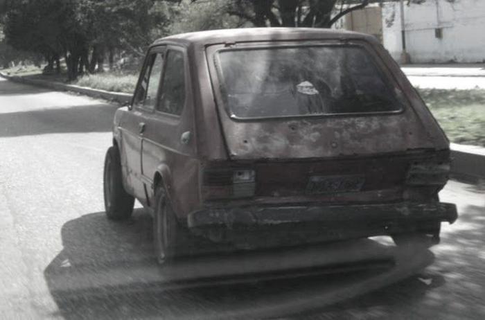 Машины - призраки (32 фото)