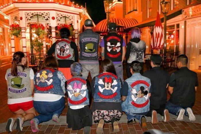 Добрые американские дисней-байкеры (12 фото)
