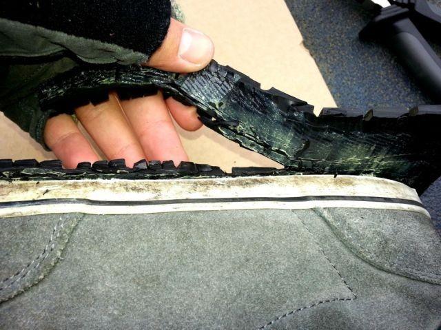 Бюджетный способ обновить подошву на кроссовках (16 фото)