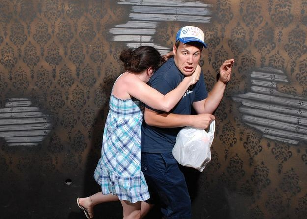 Фото испуга в доме ужасов (45 фото)