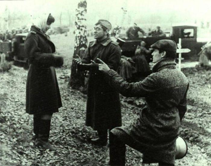 Фото со съёмочных площадок известных фильмов о войне (15 фото)