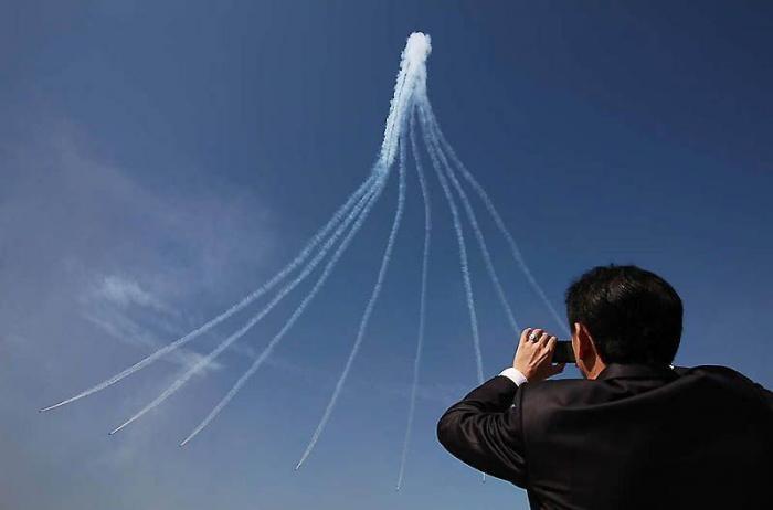 Международная аэрокосмическая и оборонная выставка в Сеуле (24 фото)