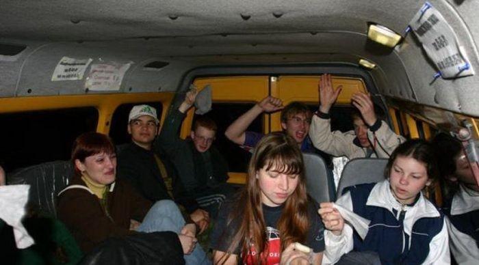 Приколы из общественного транспорта (37 фото)