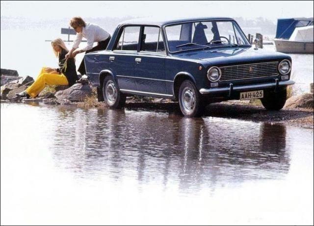 Реклама советского автопрома (19 фото)
