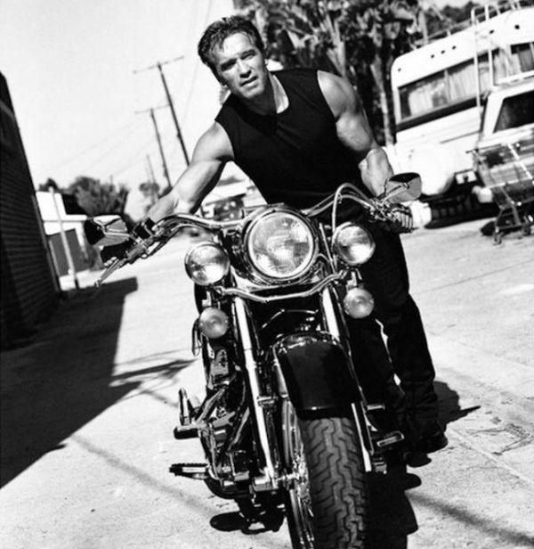 Машины и мотоциклы Арнольда Шварценеггера (20 фото)