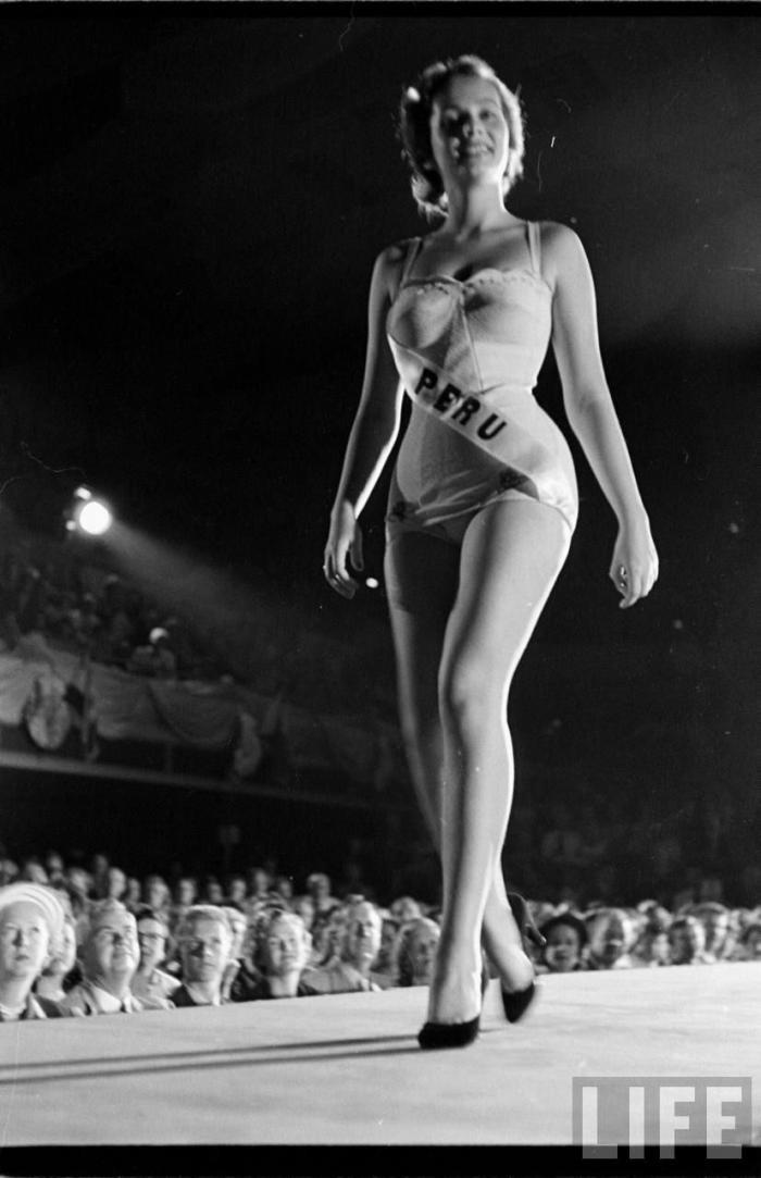 Мисс Вселенная 1953 (20 фото)