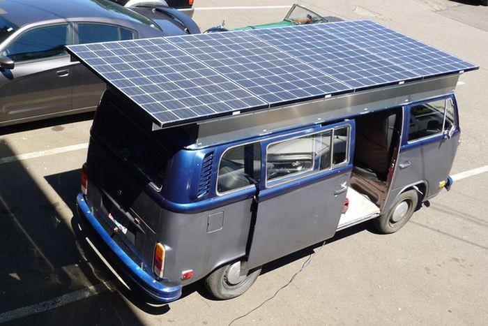 Volkswagen T2 1972 года на электротяге (9 фото)