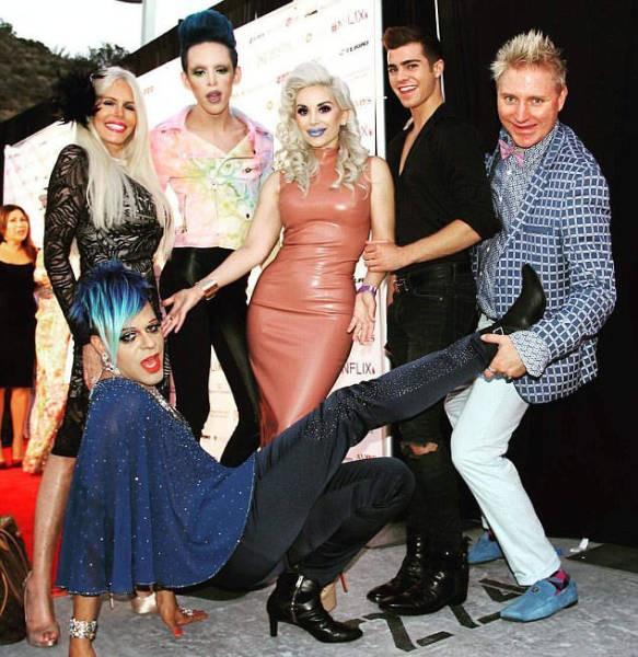 12 участников нового сезона реалити-шоу Plastics of Hollywood (29 фото)