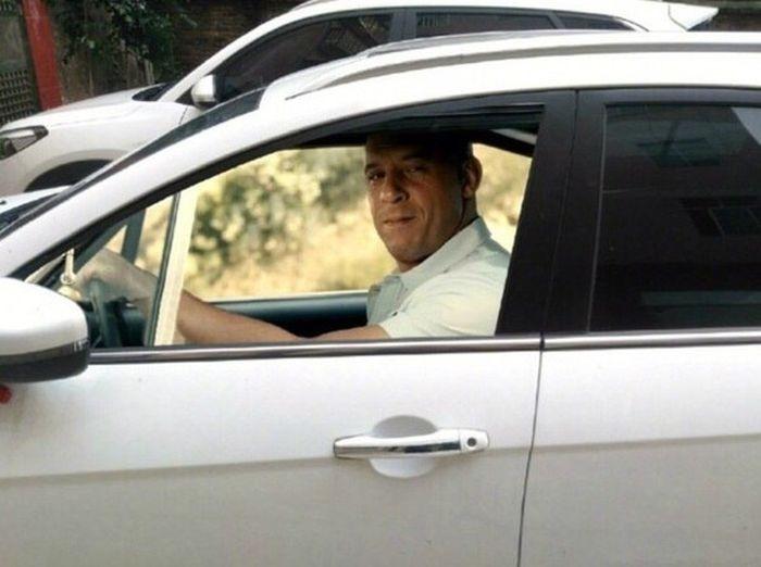 Необычная пленка для тонировки автомобилей (8 фото)